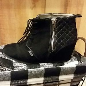 Bongo black wedge boots. Size 9.